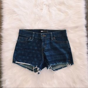 levi's | american flag dark-washed denim shorts